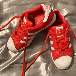 Men's size 5 red adidas superstar shoes